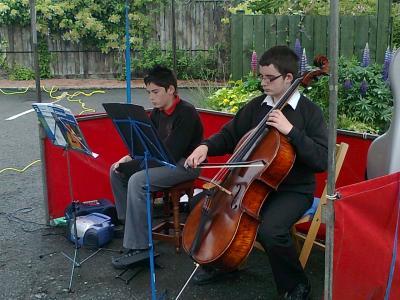Cellist entertains crowd at Farmers' Market 25 June 2011